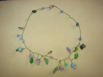 vine_necklace3.JPG