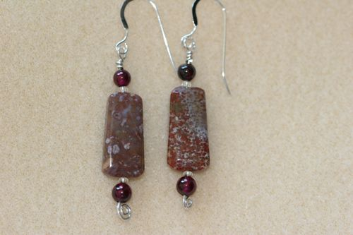 red_agate_earrings